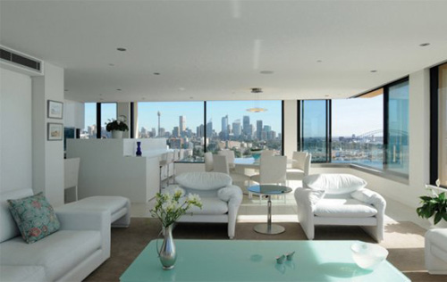 un appartement avec vue sur sydney. Black Bedroom Furniture Sets. Home Design Ideas