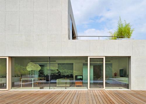 Maison au design minimaliste for Maison minimaliste