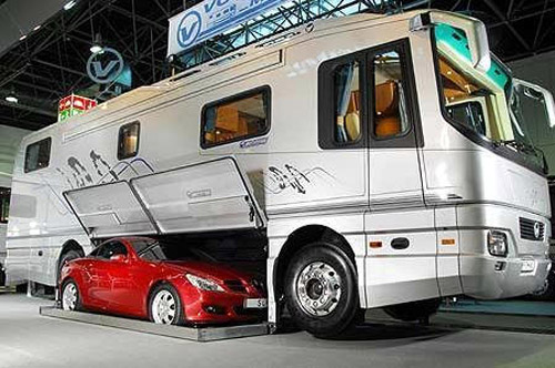 Camping car et mercedes SLK