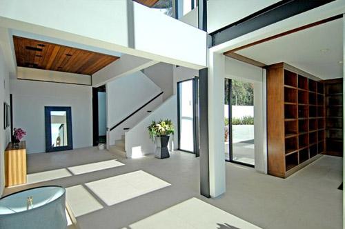 Maison d 39 architecte contemporaine los angeles - Plafond maison moderne ...