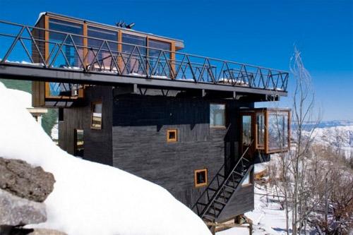 maison contemporaine à la montagne