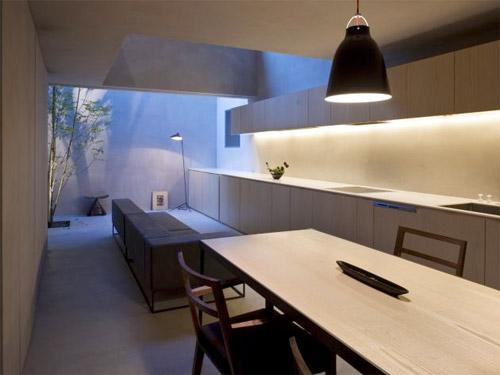 séjour et cuisine d'une maison d'architecte
