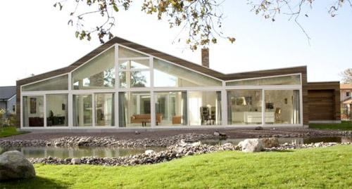 maison avec facade vitree