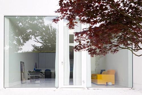 baie vitrée de la maison