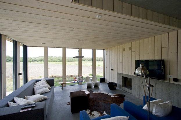 salon maison avec sol en béton