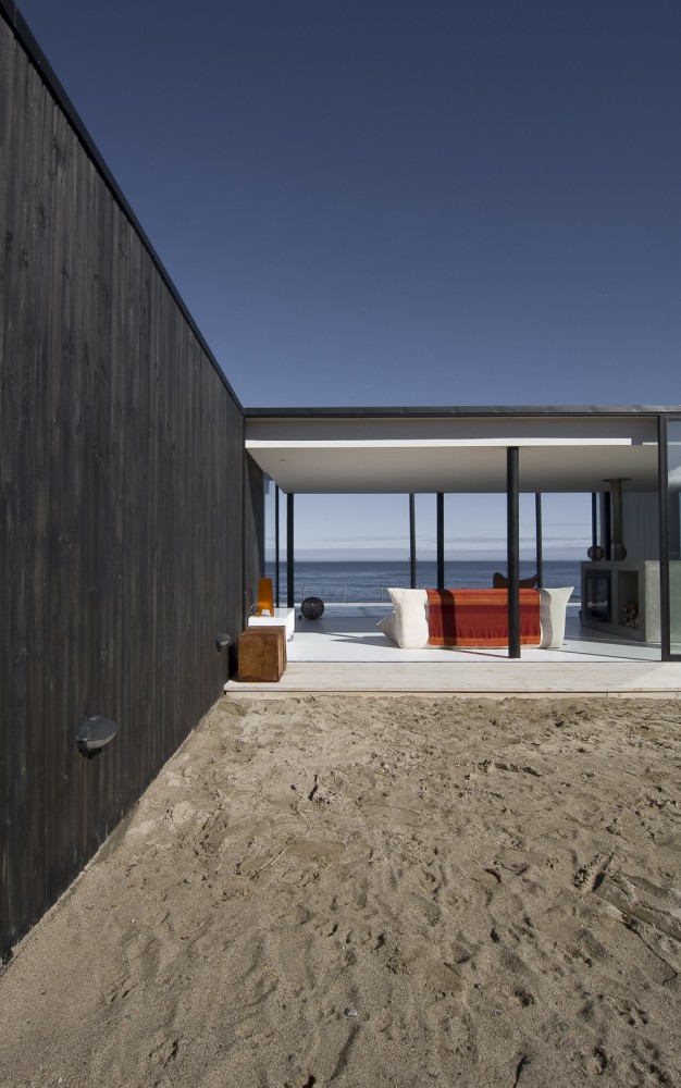 maison-architecte-face-a-la-mer-03