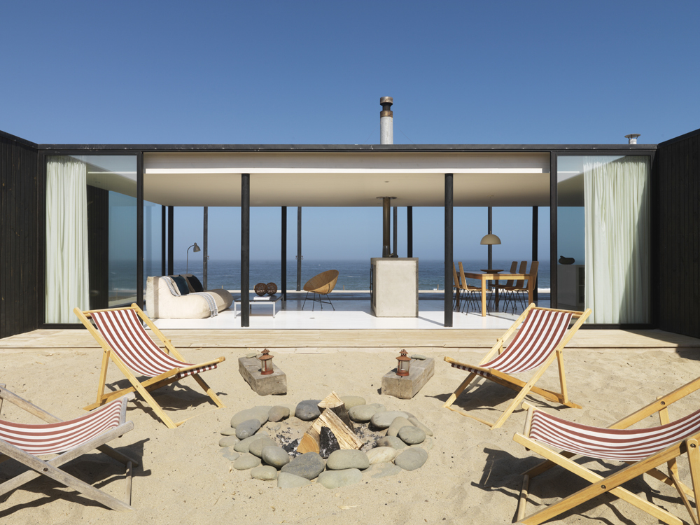 Maison architecte face a la mer 15 for Beach style home plans