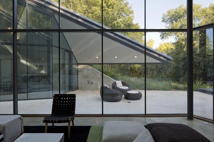 Maison d'architecte avec grande baie vitrée